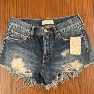 NWT Free People distressed denim shorts sz 24